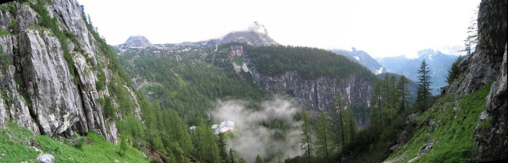 Panorama auf die Schönbergalm und Mittagskogel